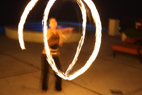cabo-photo-of-the-week-lunas-de-fuego-fire-dancer