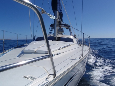 Learn to sail in Cabo