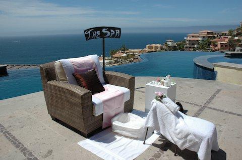 Suzanne Morel's mobile spa will come to your luxury Cabo villa.